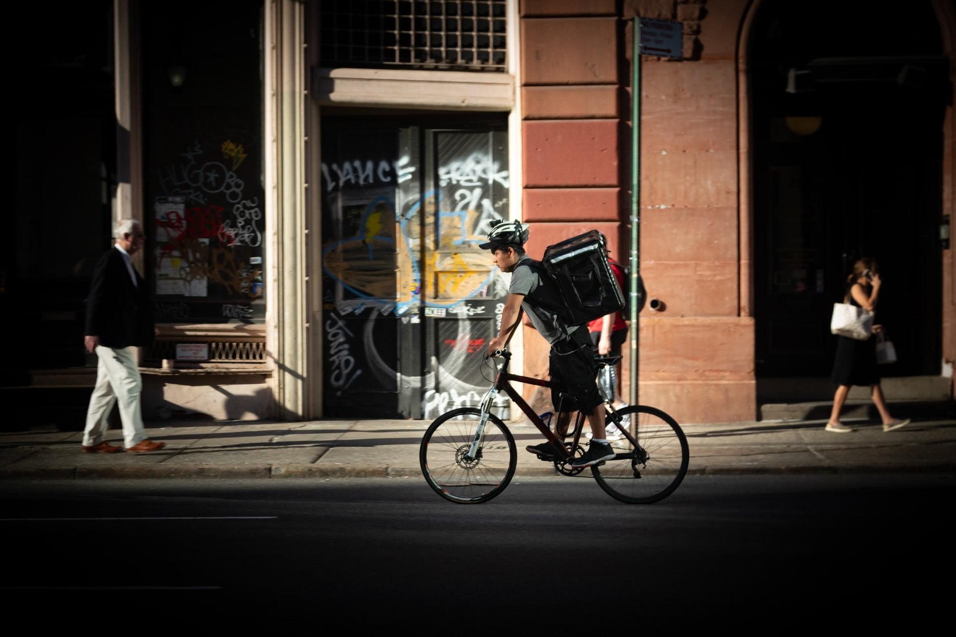 TPV-Hostelería-Software-Hostelería-Ticksy-delivery-bici